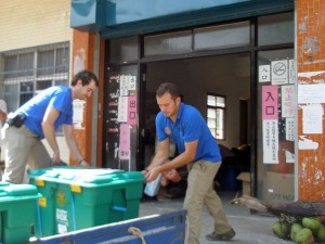 Alan Monroe (left) unloading ShelterBoxes in Taiwan last year.