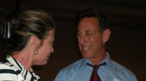 Nancy Feehan chats with Larry Eger before Halperin speaks.
